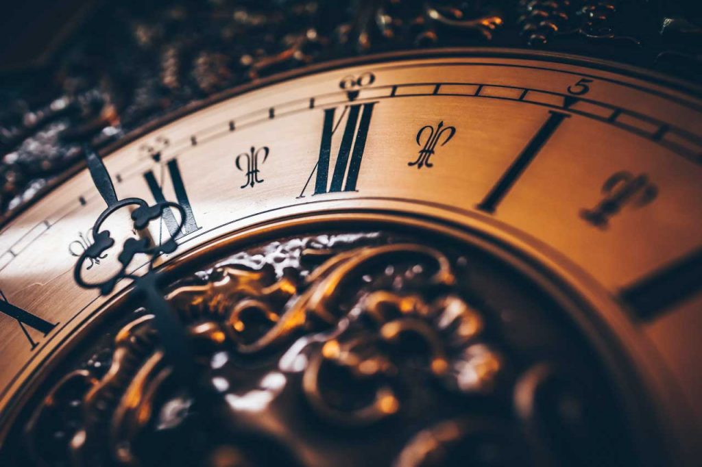 Clock photographed with Canon Eos R